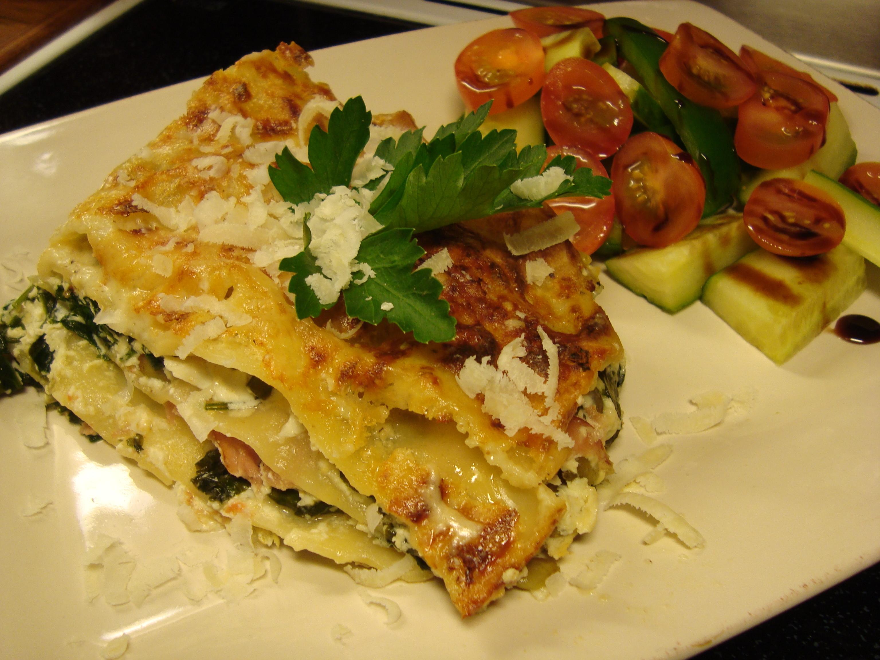 Lasagne med ricotta, spenat och rökt skinka