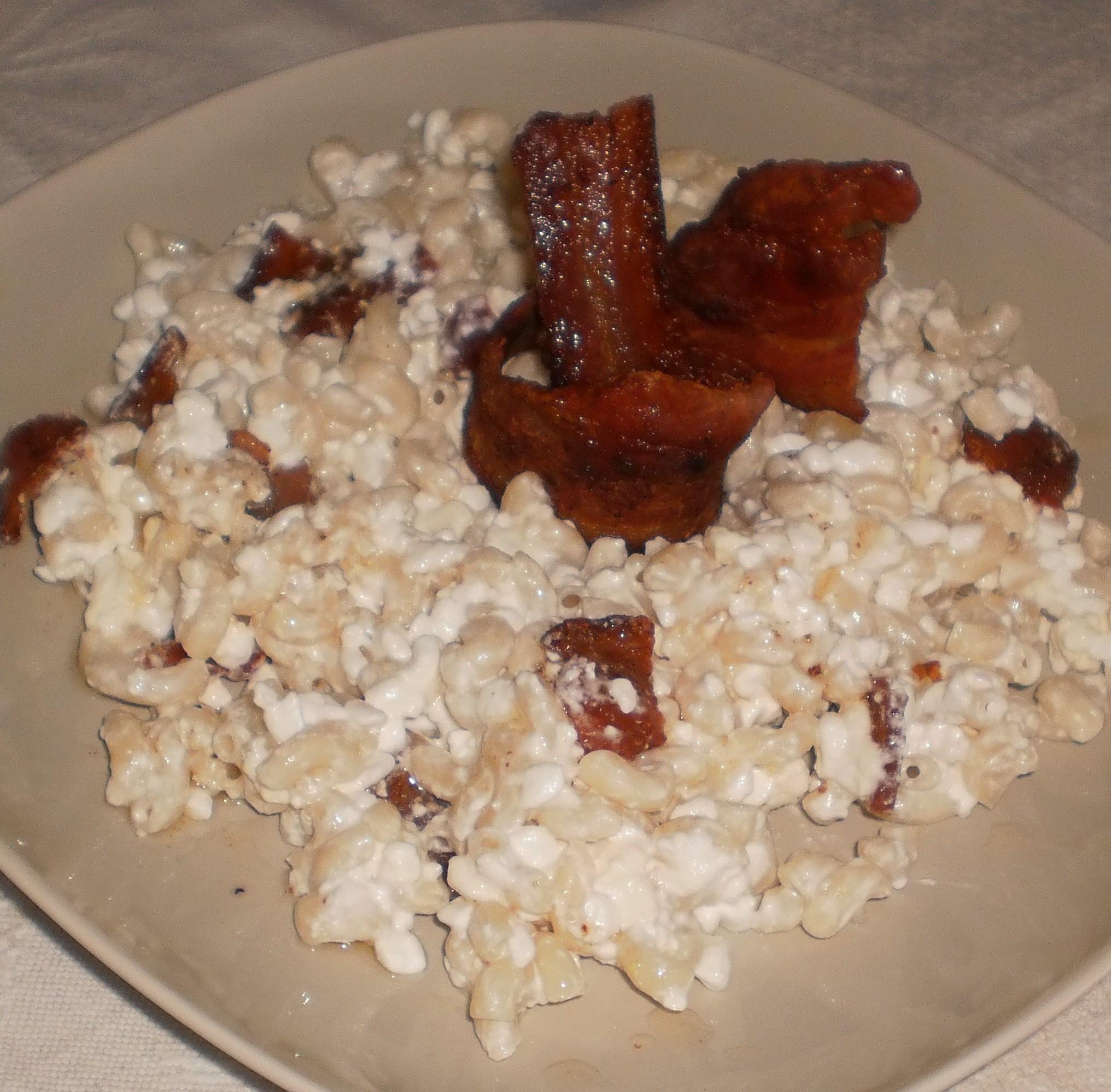 Pasta med keso och rökt sidfläsk  - Túrós csusza