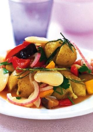Buljongkokt potatis med ratatouillegrönsaker