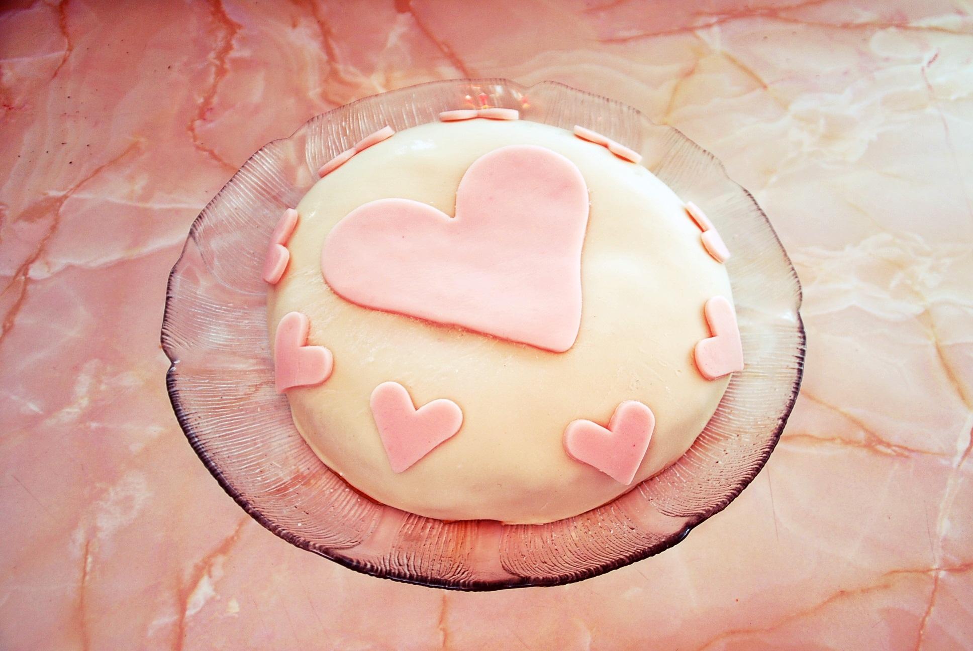 Sockerpasta tårta