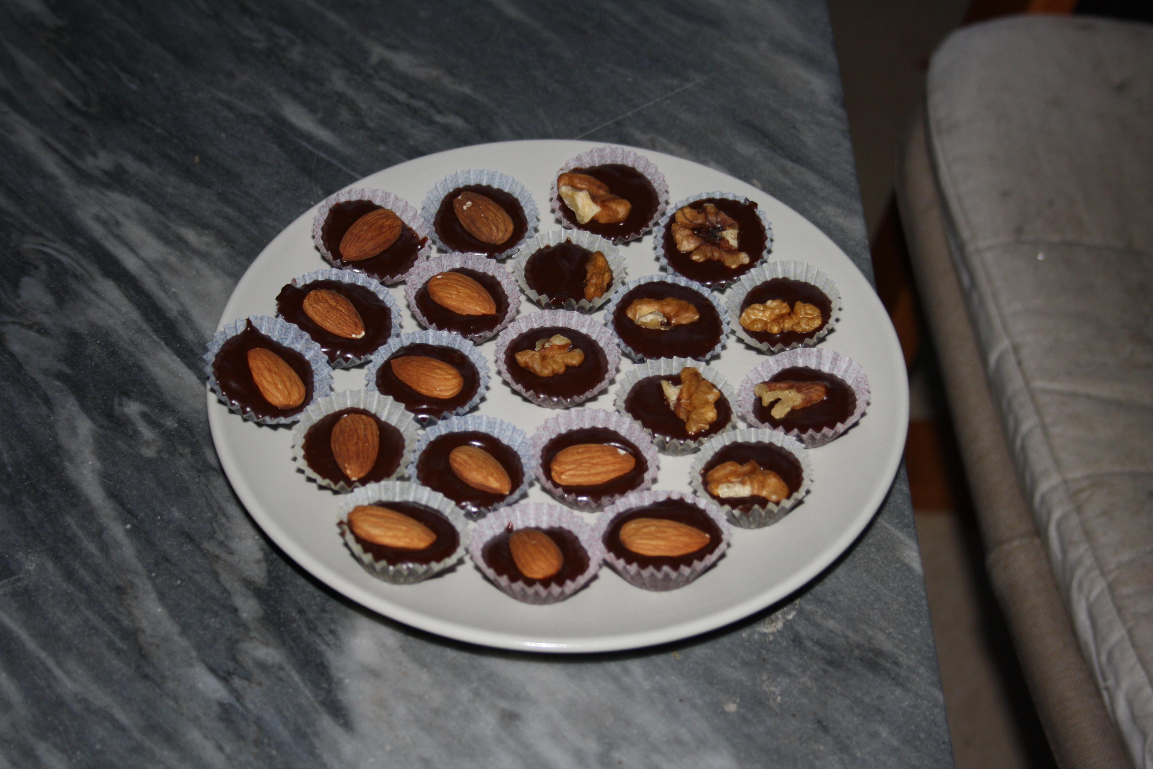M�rk chokladtry