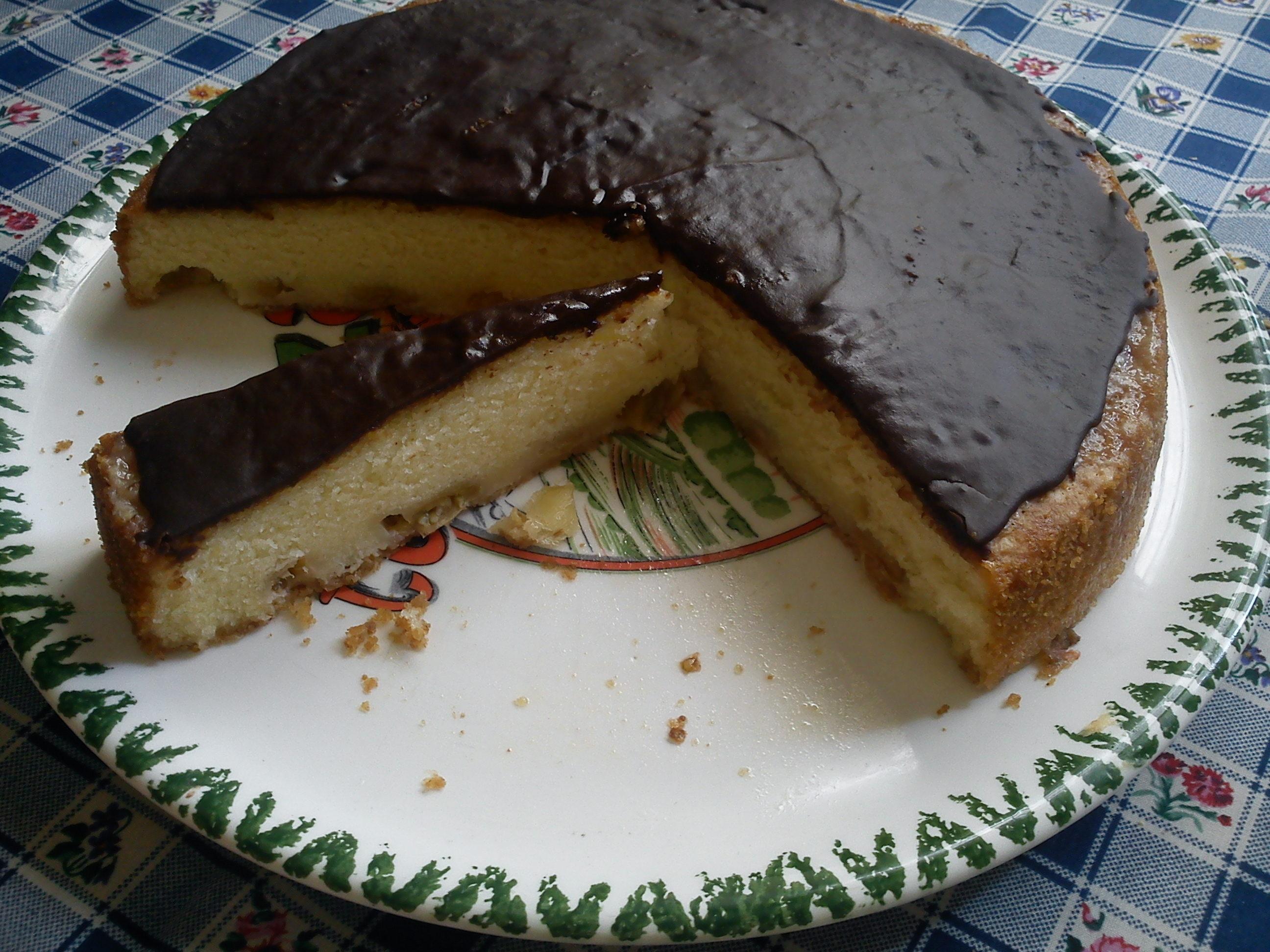 Krusbärskaka med chokladglasyr