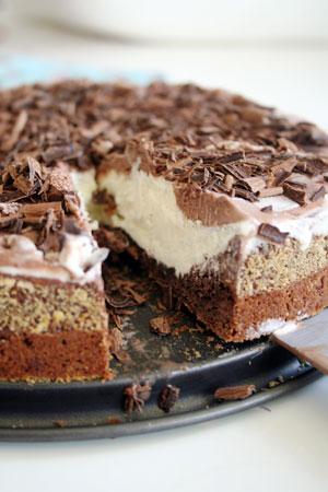 Kladdkakstårta med glass och choklad