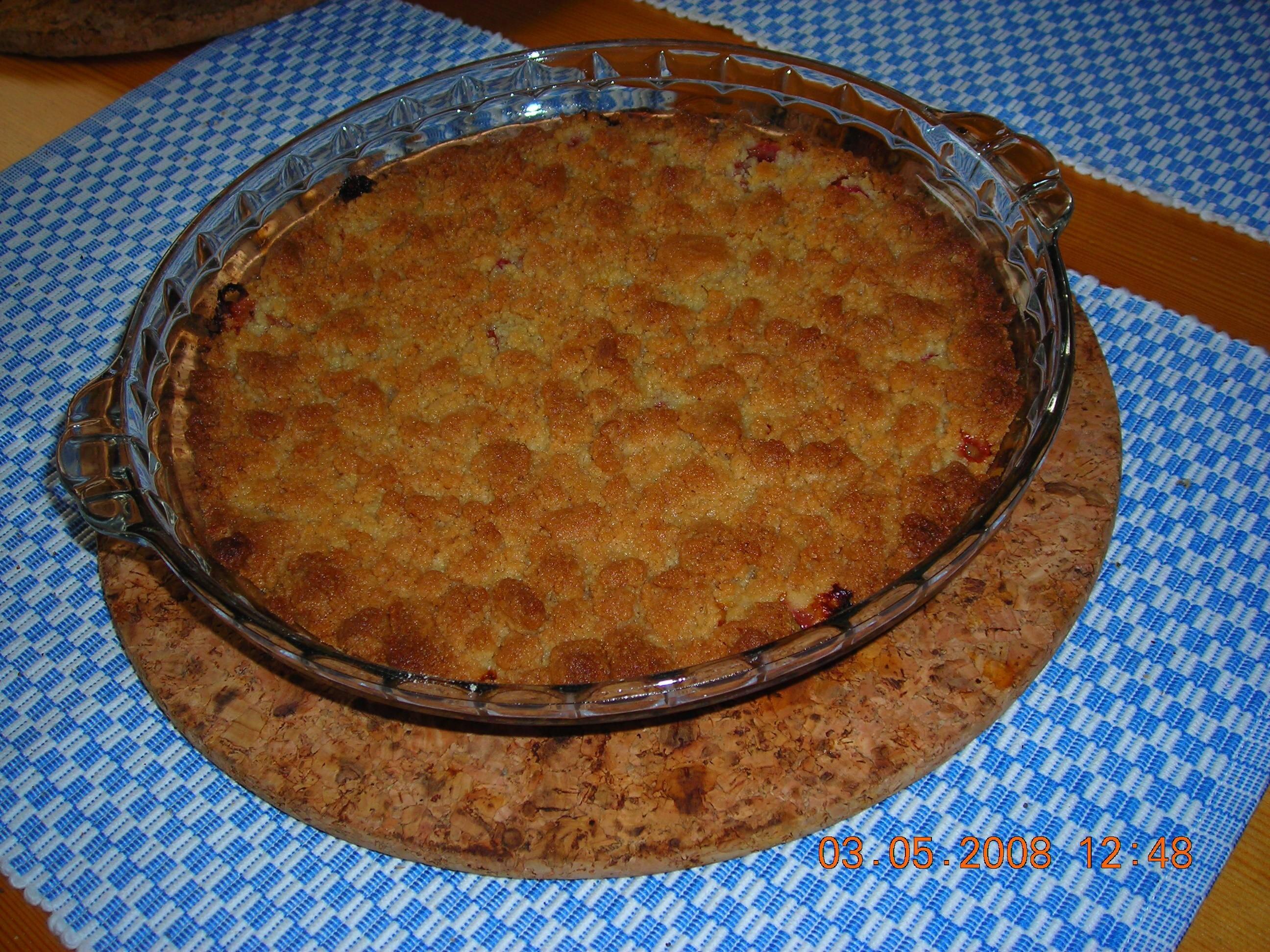 Frasig rabarberpaj eller äppelkaka
