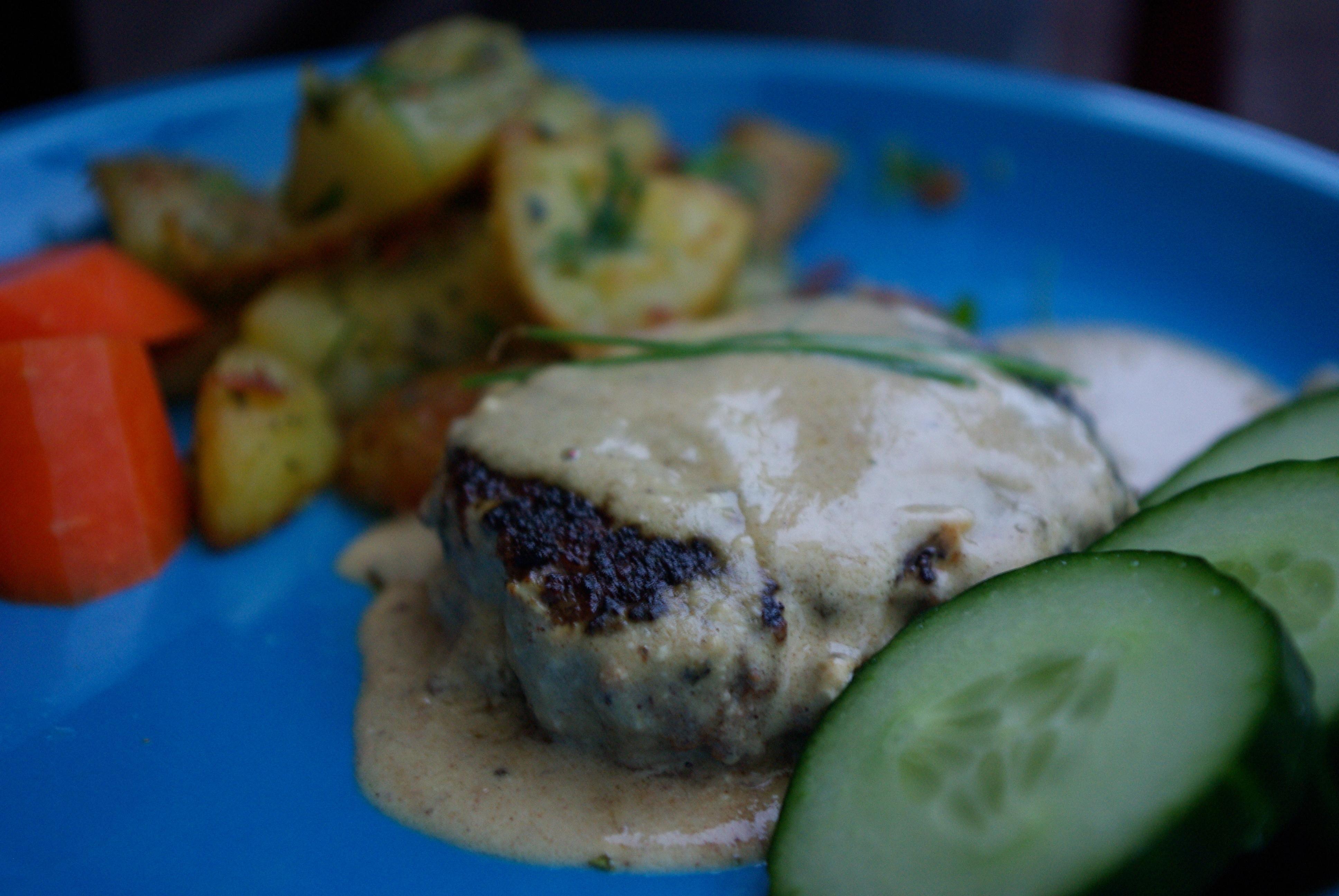 Biffar med senapssås och stekt örtpotatis