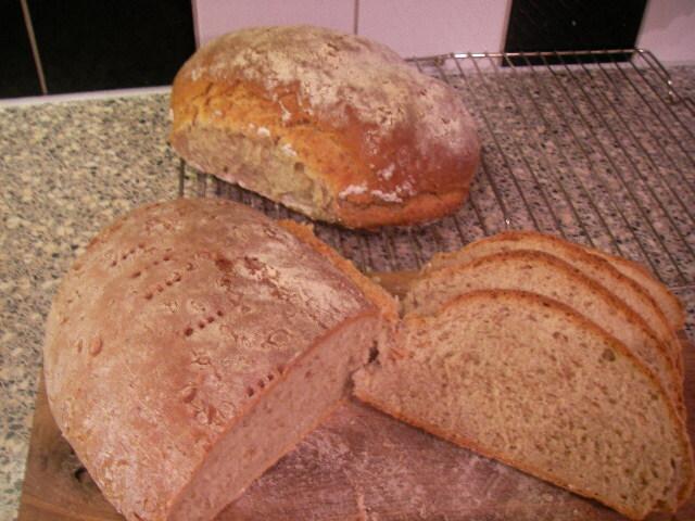 kornmjöl bröd
