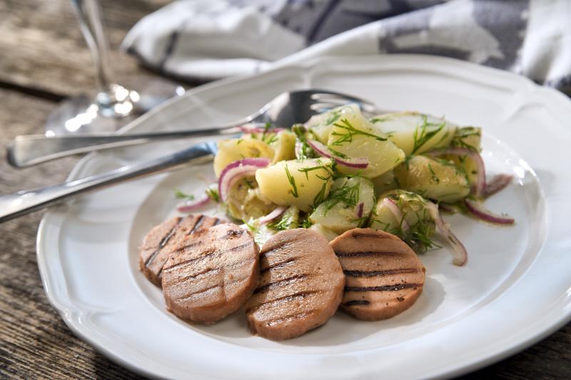 Grillad Quorn Middagskorv med potatissallad!