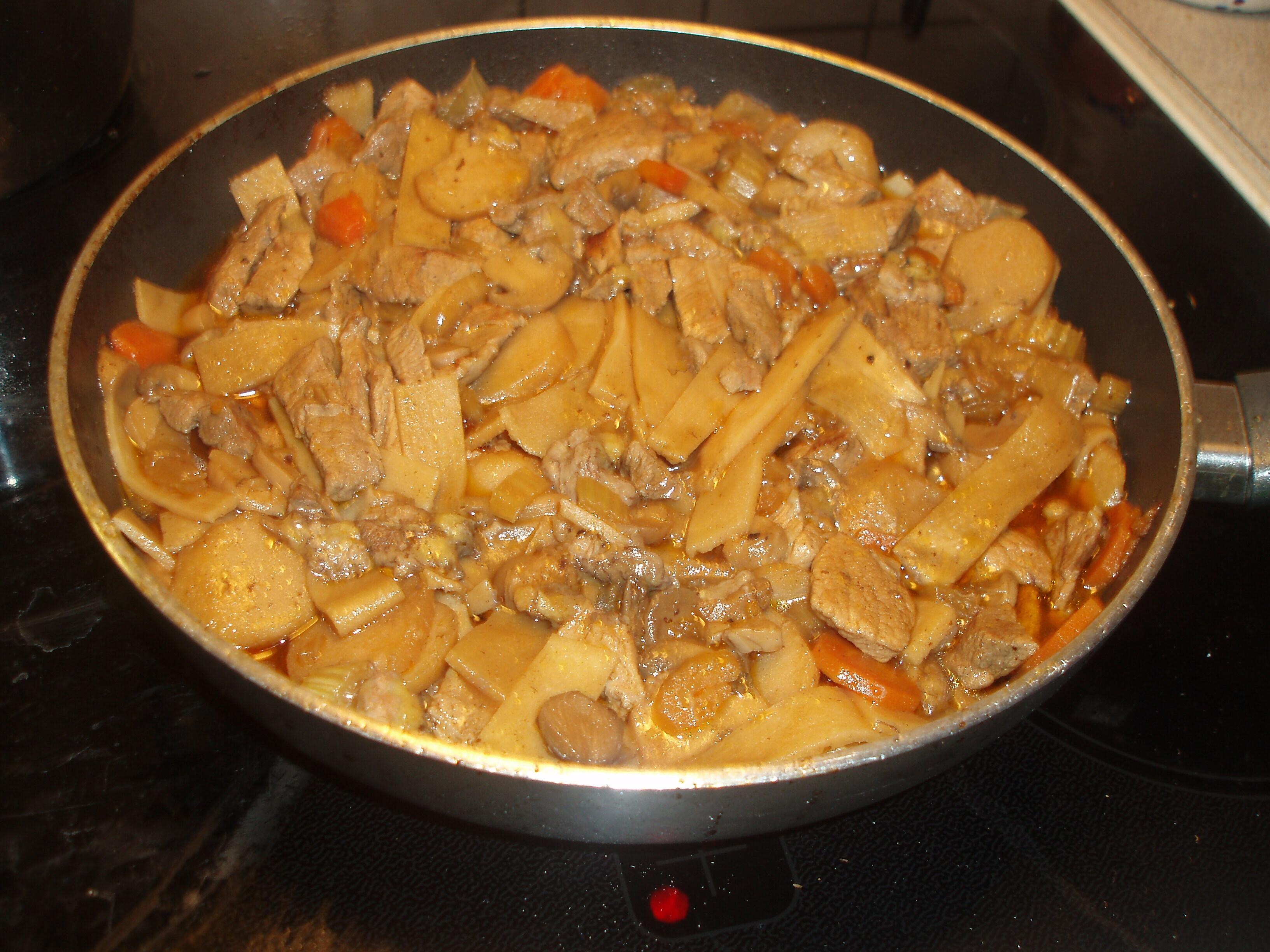 orientalisk köttgryta