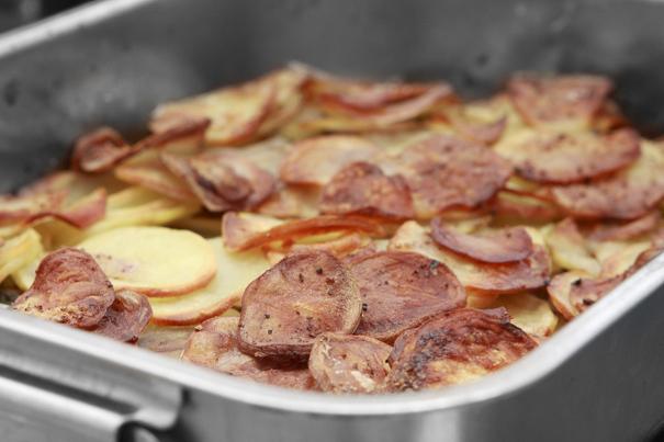 potatisrätter i ugn lager på lager