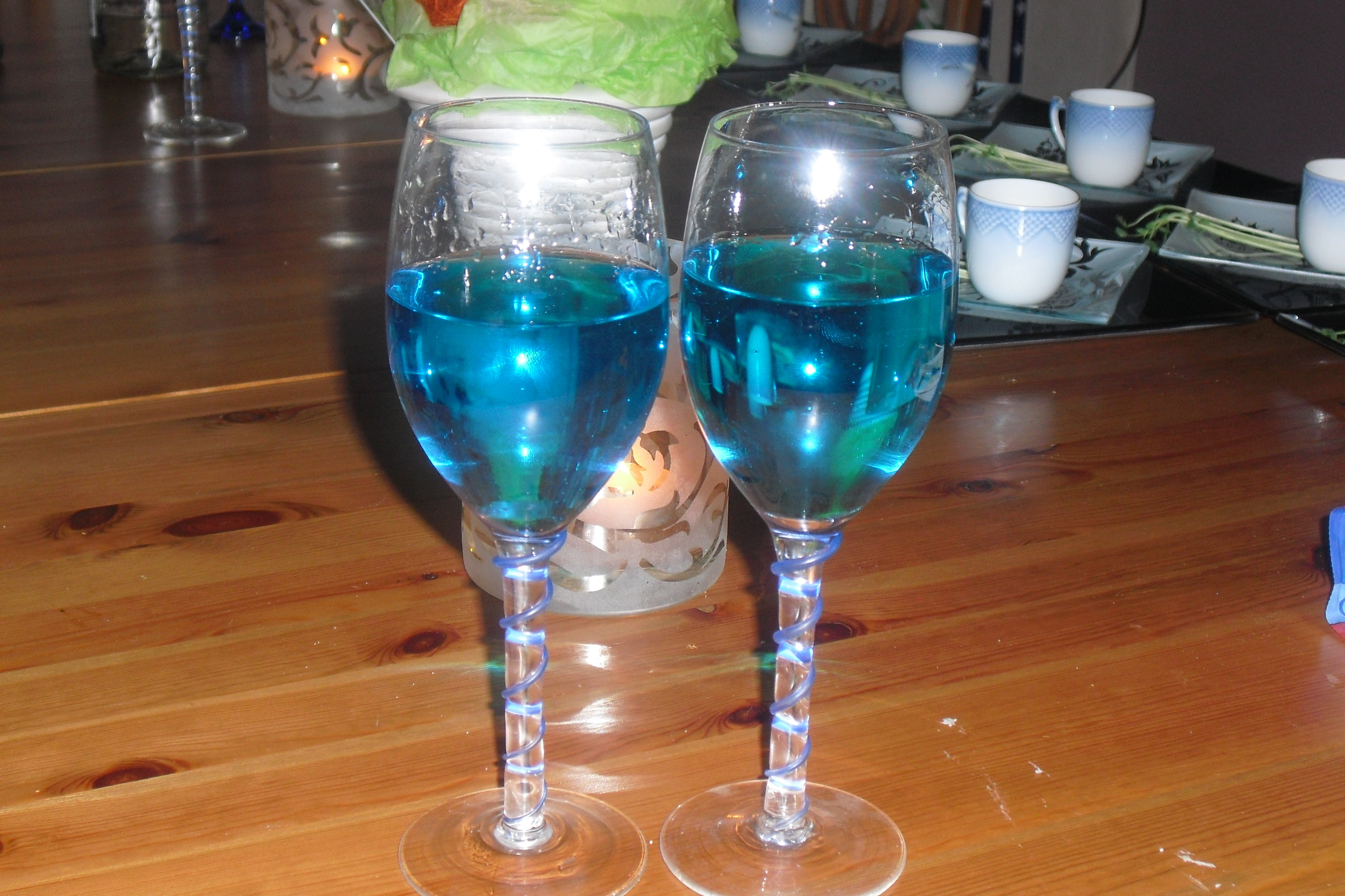 Absolut blue so..