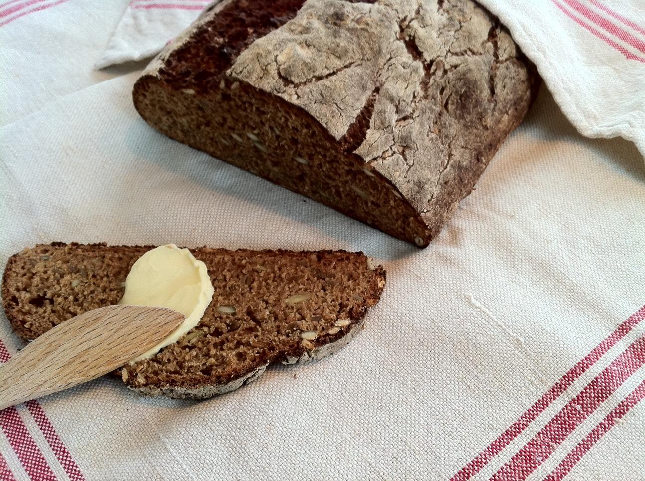 bröd kli solrosfrön