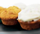 Morotsmuffins med philadelphia-glasyr