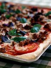Pizza med kanta..