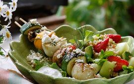 Grillade grönsaksspett med fruktig mathavre