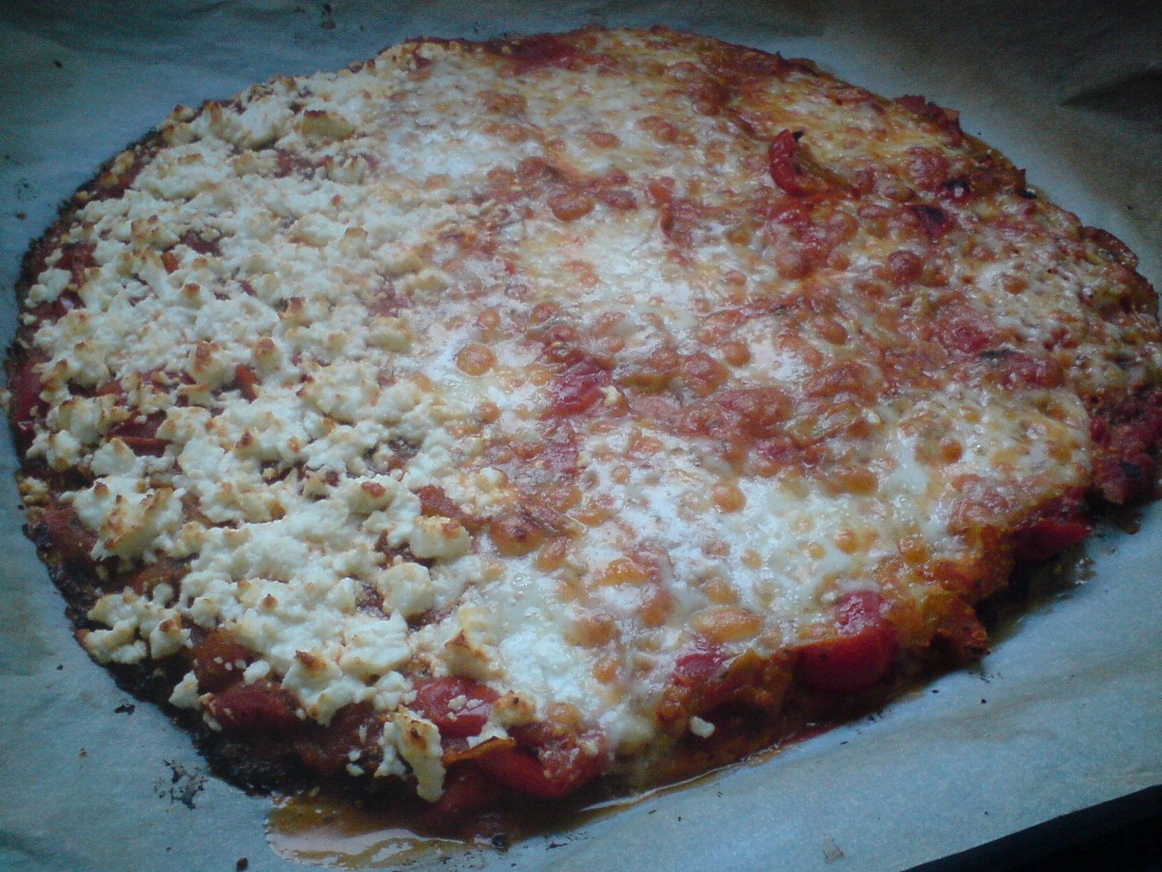 LCHF - Pizza på blomkålsbotten