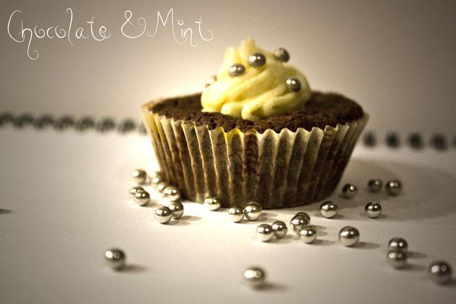 Mintchoklad cupcakes med vit chokladfrosting