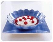 Mannagrynsgröt med hallon och fruktsoppa