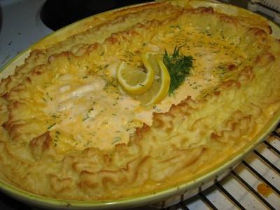 Fiskgratäng med räkor och potatismos
