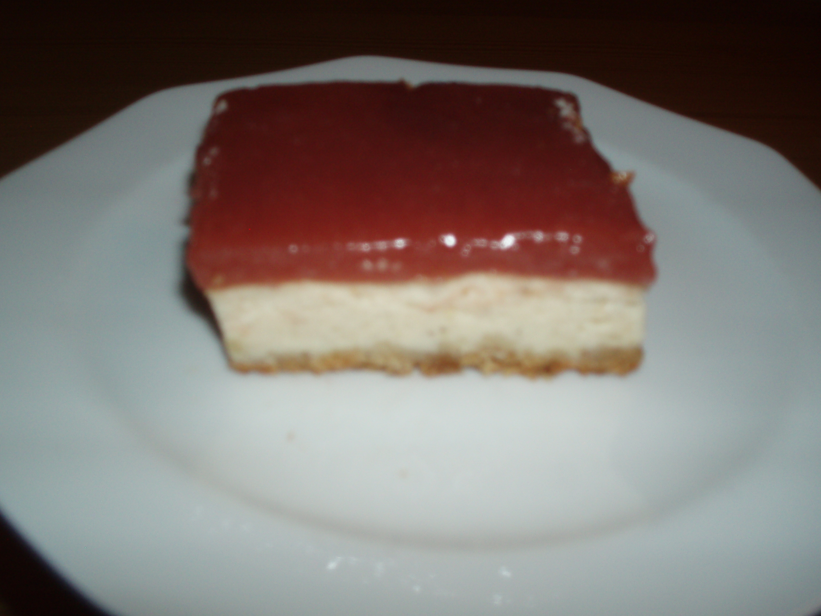 Cheesecake med hallontopping