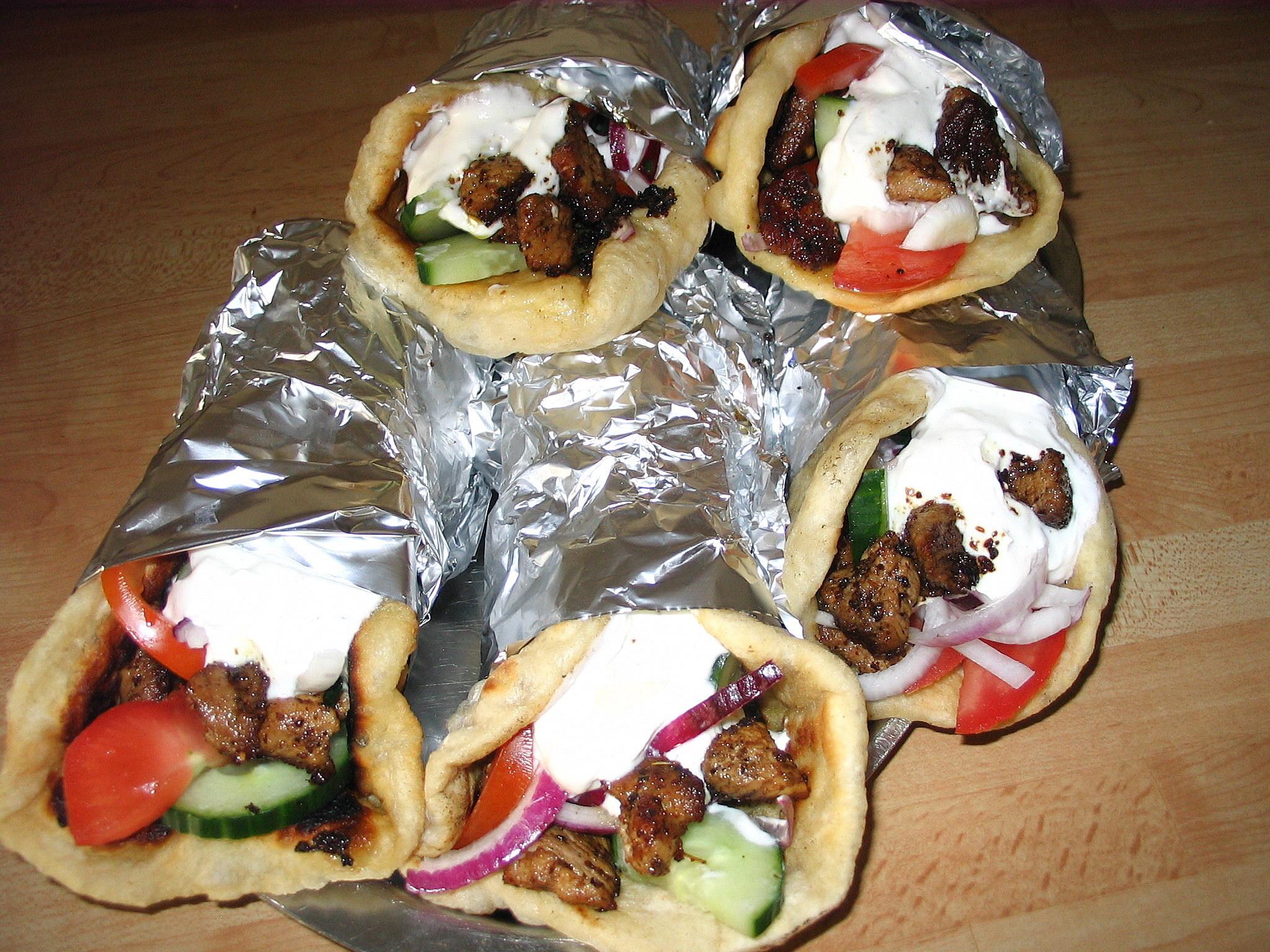 Fyllt grekiskt bröd (Gýros pita)