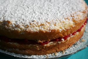 jordgubbs cake