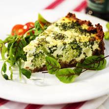 Broccoli- och ädelostpaj
