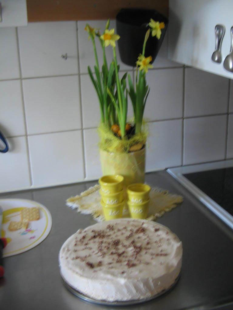 iskall dumlemarängtårta