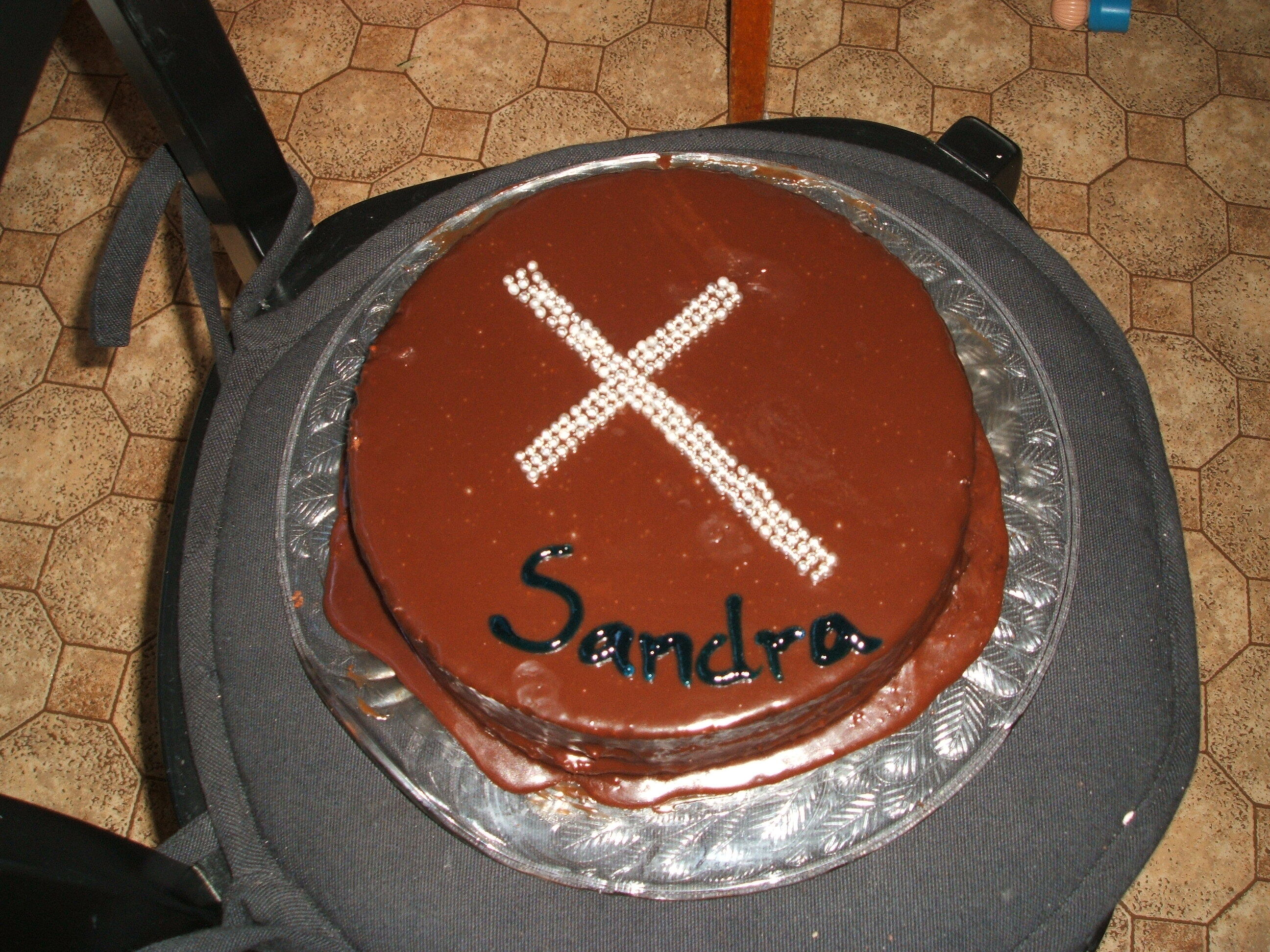 chokladtårta med kolakräm