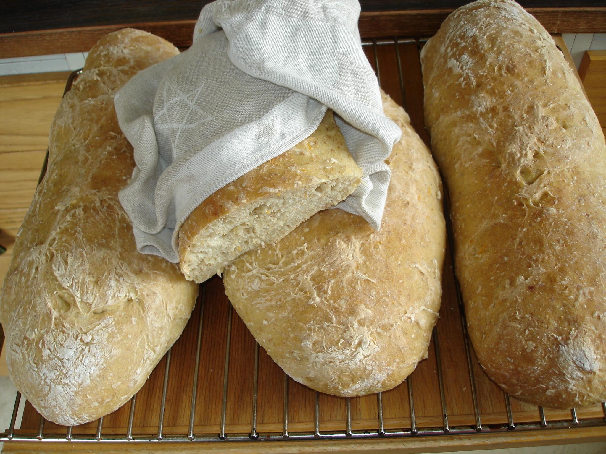bröd grahamsmjöl solrosfrön