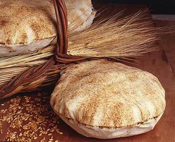 Libanesiskt tunnbröd