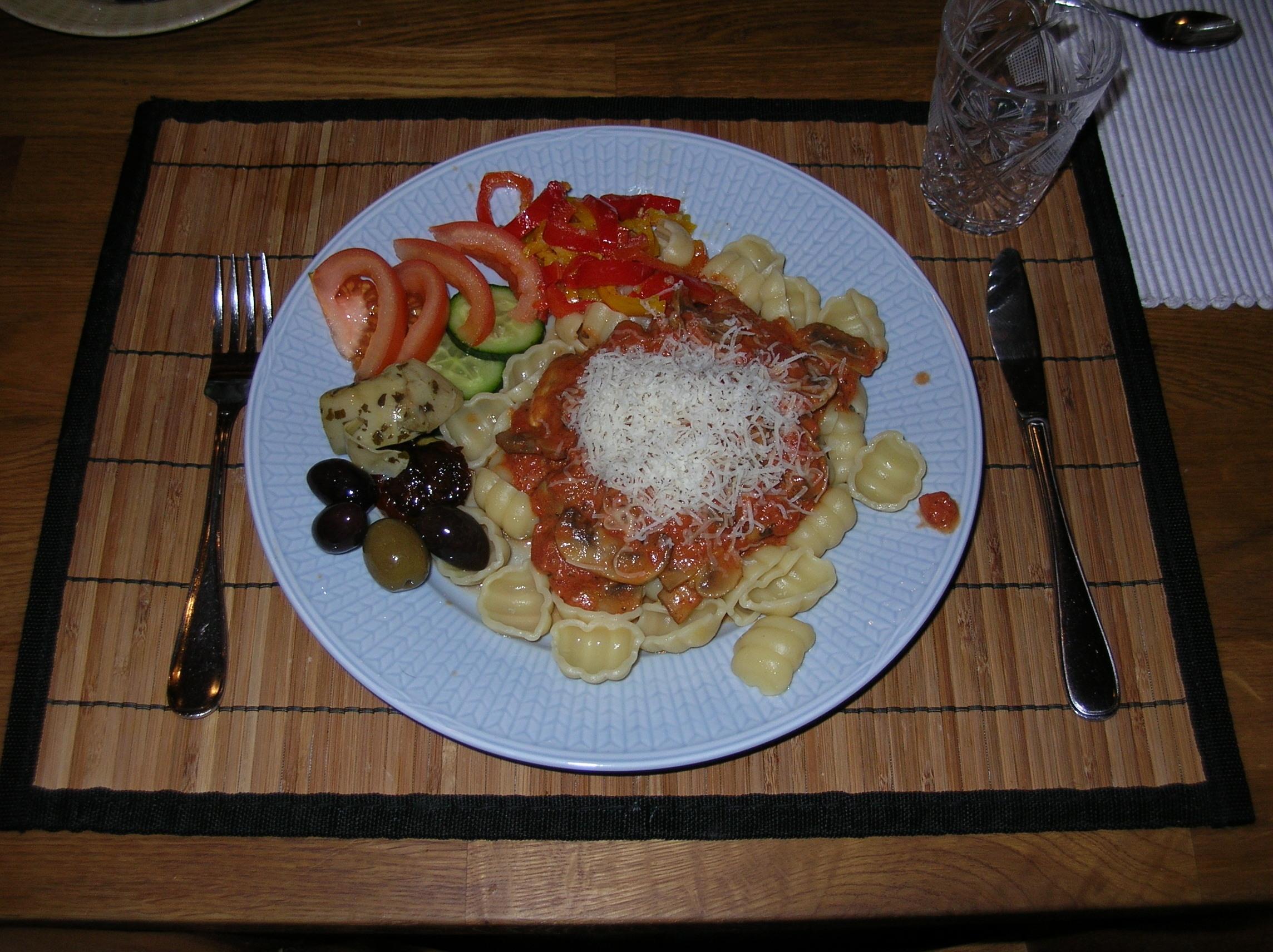 Vegetarisk pastasås med vitlökspaprika