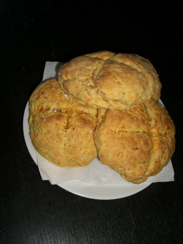 nyttiga scones med morot