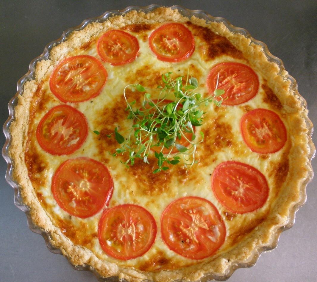 Paj med skinka, ost & tomat