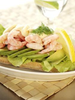 Avokado- och skaldjurssmörgås