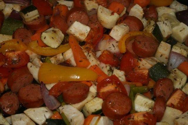 Ungsgrillade rot- och grönsaker med chorizo