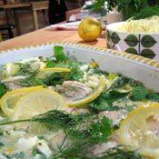 Sej med ägg- och persiljesås