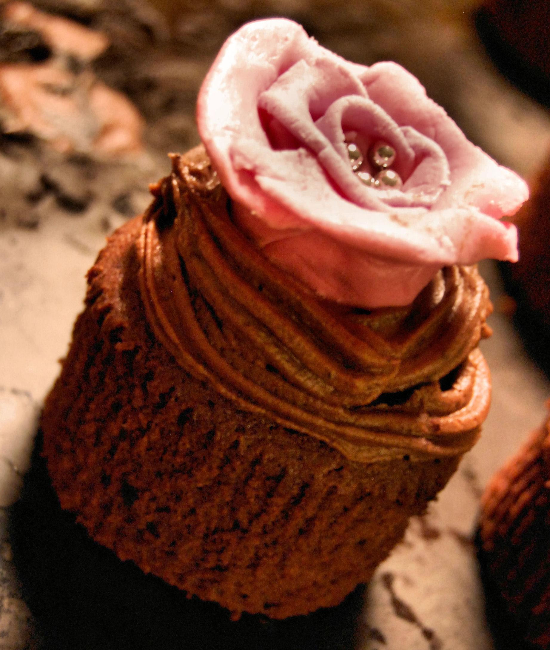 Chokladcupcakes med kaffe- och chokladfrosting