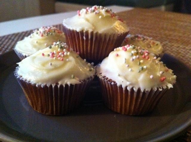 glasyr sprits cupcakes