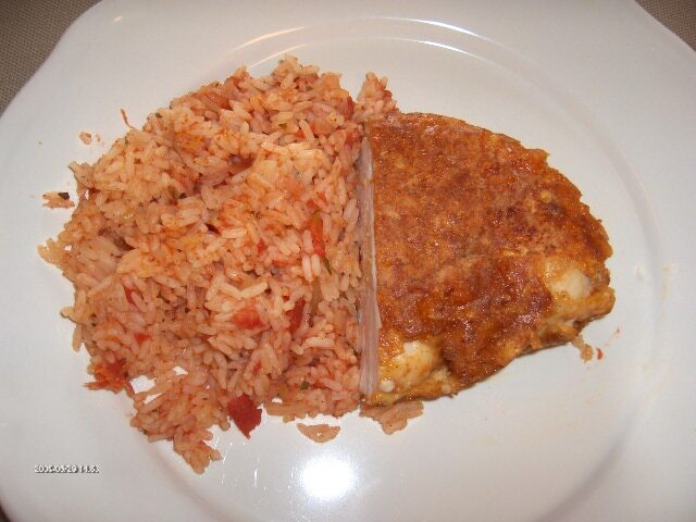 Panerad kycklingfilé med tomatris