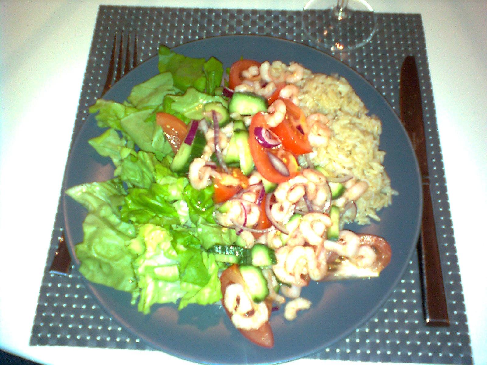 Räksallad med chilismak och ris