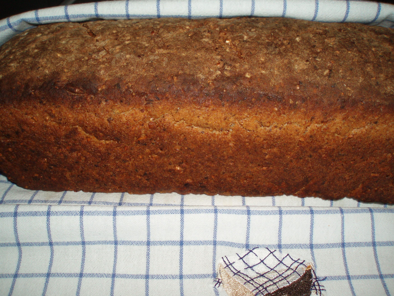 Grovt bröd med ..