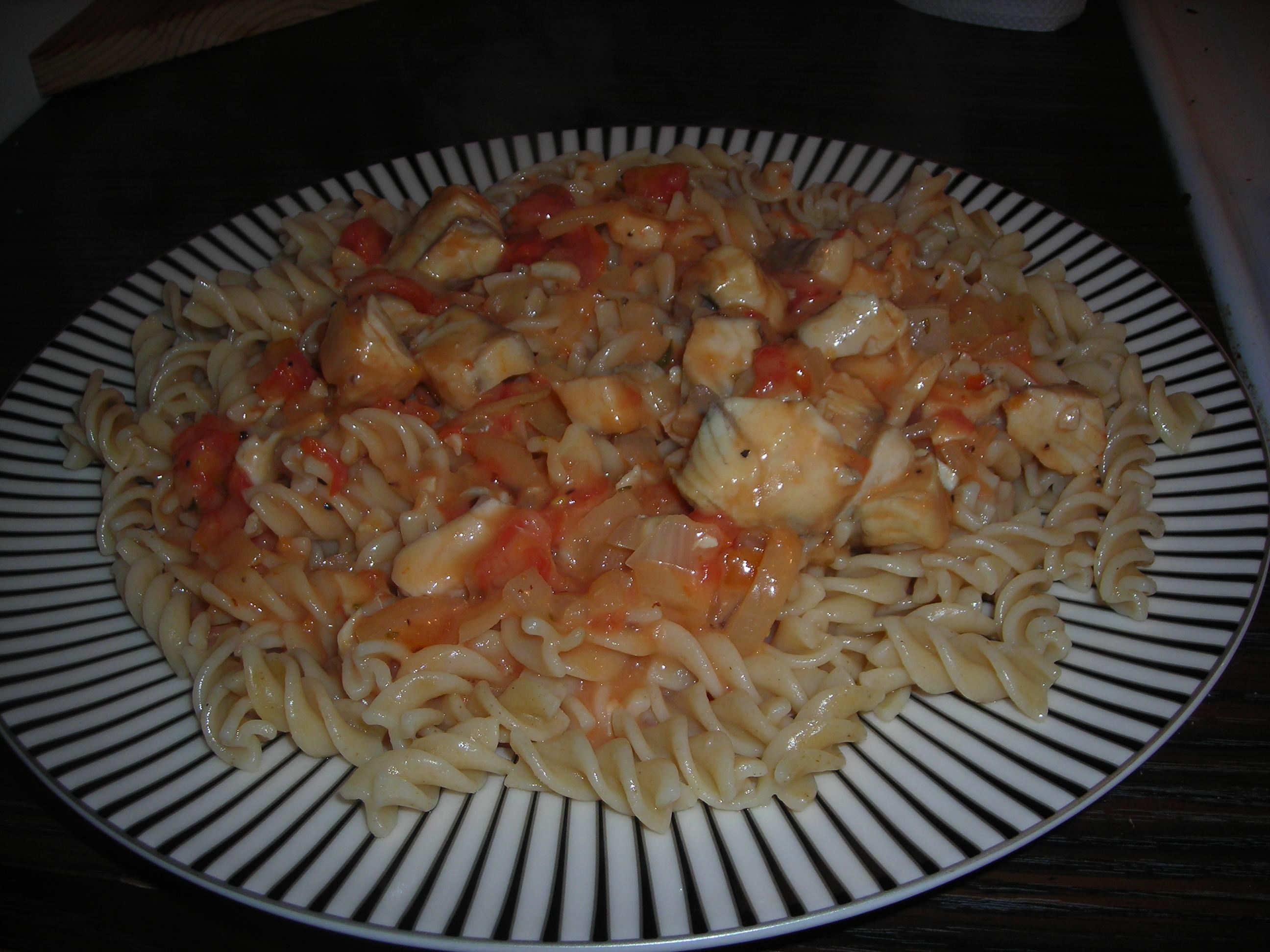 Torsk i pastaså..