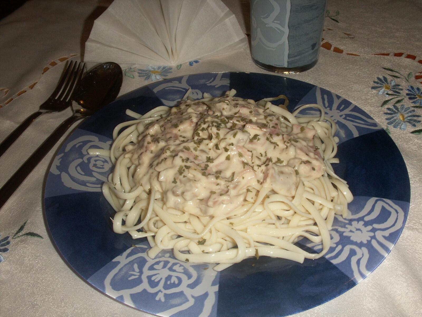 Superläcker pastasås