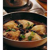 Fransk kycklinggryta med svart vinbär