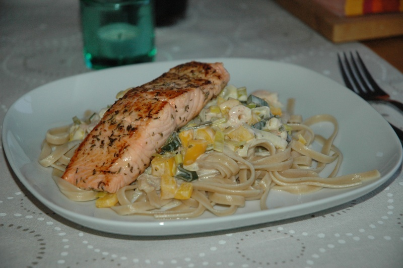 lax + pasta + sås = snabbt & gott