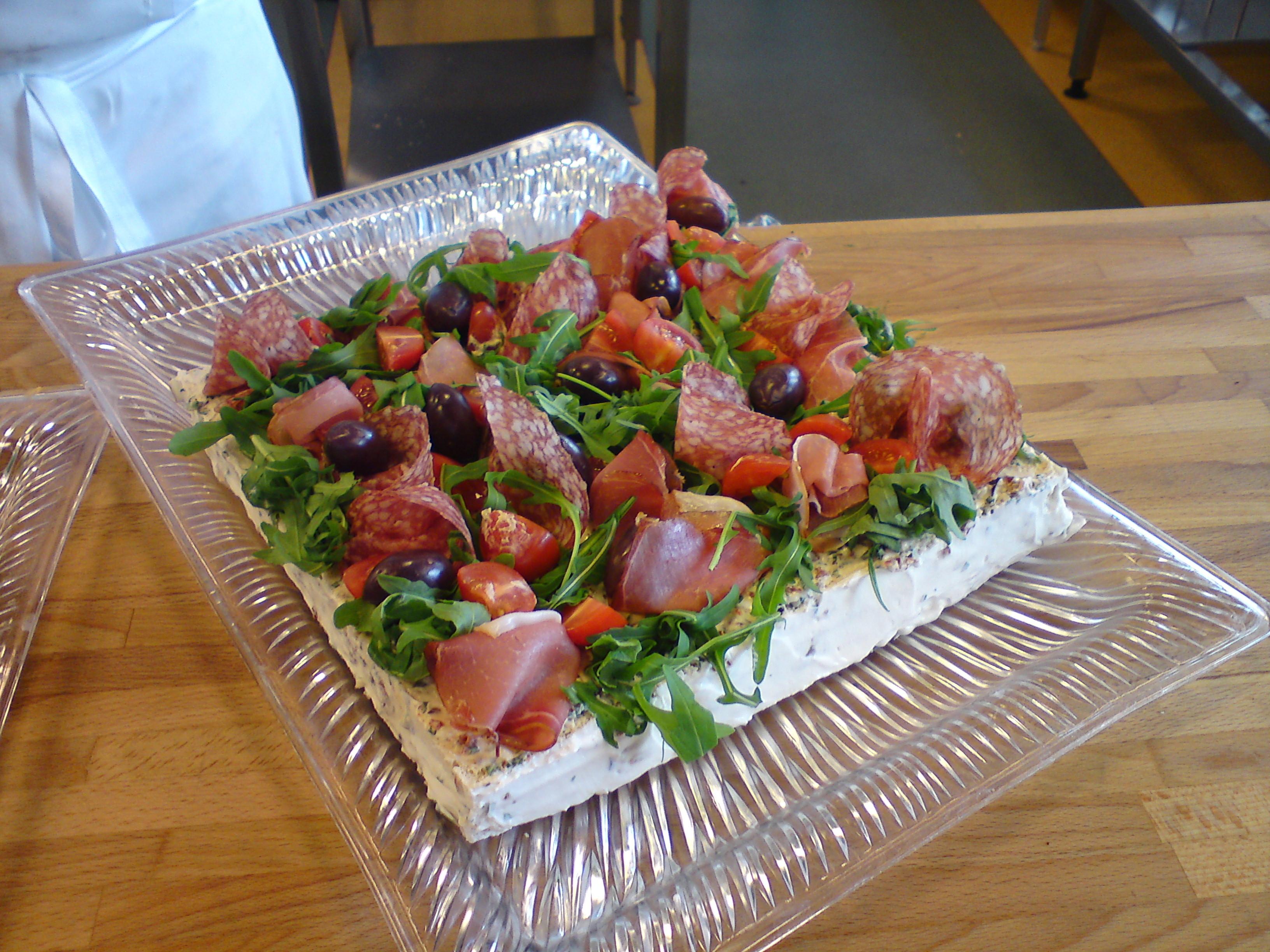 Smörgåstårta med italienska influenser