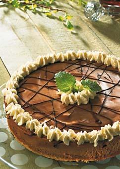 Desserttårta med chokladmousse