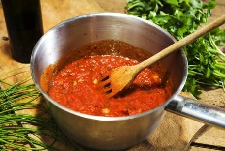 tomatfärs