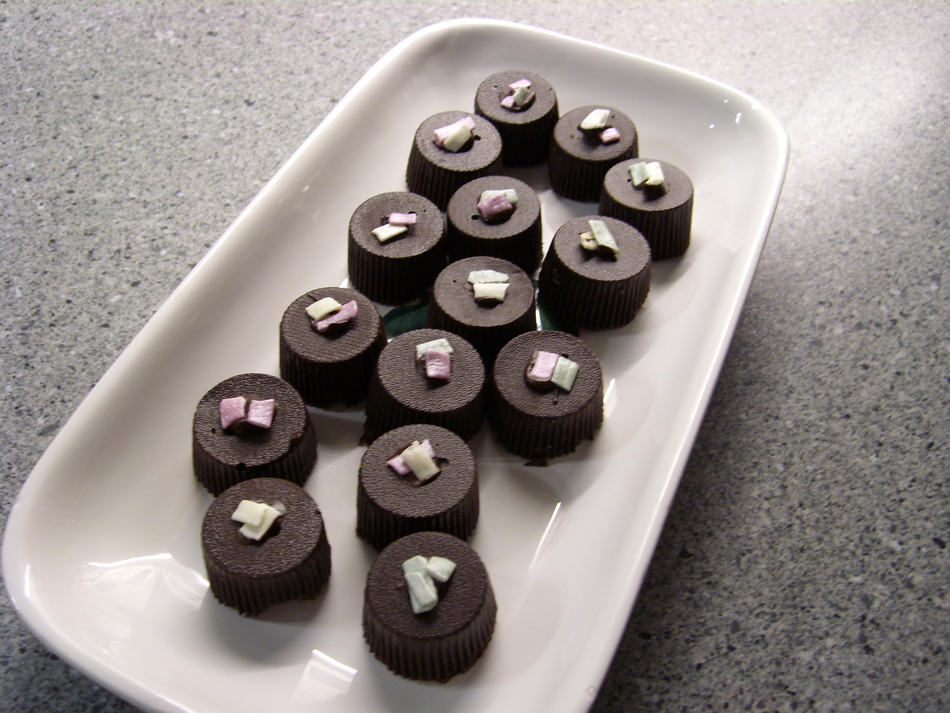 chokladformar att fylla