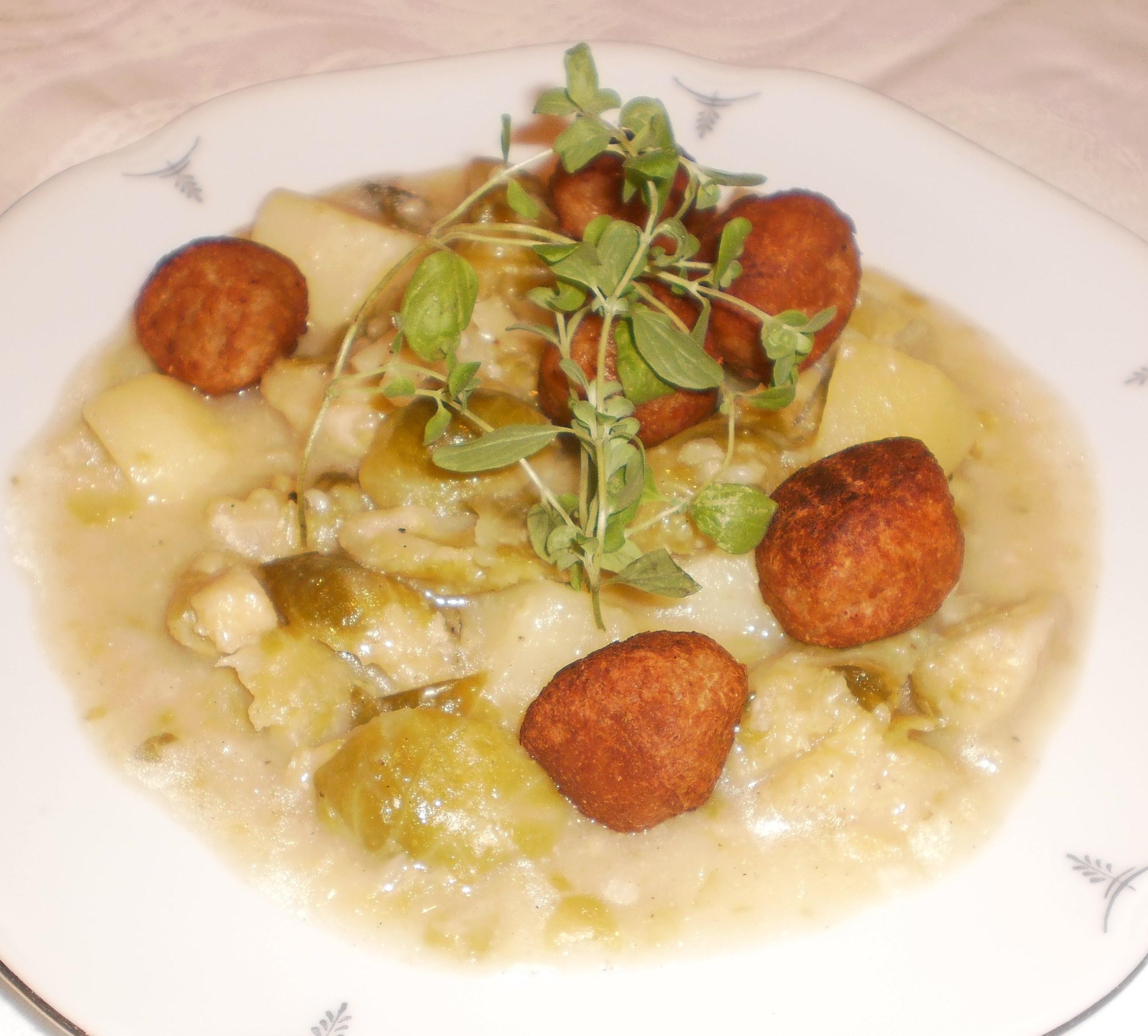 Gryta med brysselkål och potatis - Kelbimbófözelék